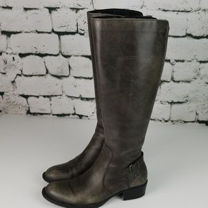 Börn Gray Leather Boots Size 7.5.
